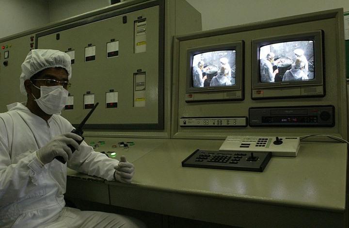 إيزفستيا: هل بإمكان إيران صنع قنبلة نووية في أقل من سنة؟