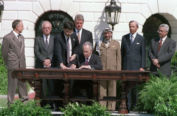 """بذكراها.. ماذا فعلت """"اتفاقية باريس"""" بالاقتصاد الفلسطيني؟"""
