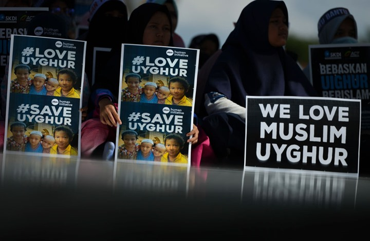 "CNN: الصين تمارس ""تعقيما قسريا"" على الأويغور"