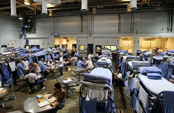 هروب 6 سجناء من محبسهم بكاليفورنيا بهذه الطريقة
