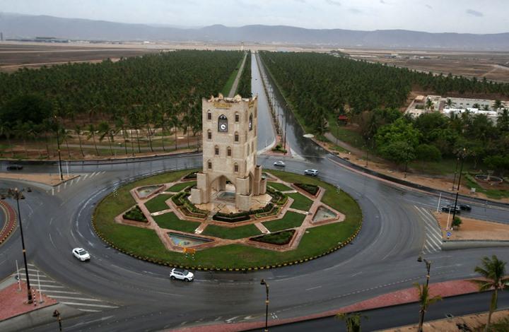 مصدر: صراع محتدم بين الرياض وأبوظبي في سقطرى اليمنية