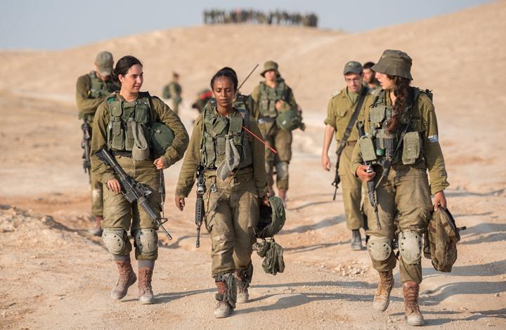 """جدل بإسرائيل حول انخراط المجندات بوحدات """"النخبة"""" القتالية"""