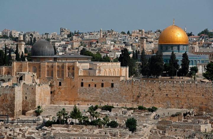 """مؤرخ يهودي يدعو لدور سعودي لمواجهة """"نفوذ تركيا"""" في القدس"""