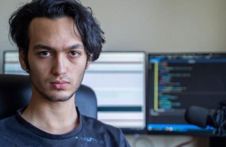 شاب بريطاني احترقت أصابعه خلال قرصنة إلكترونية لحاسوبه