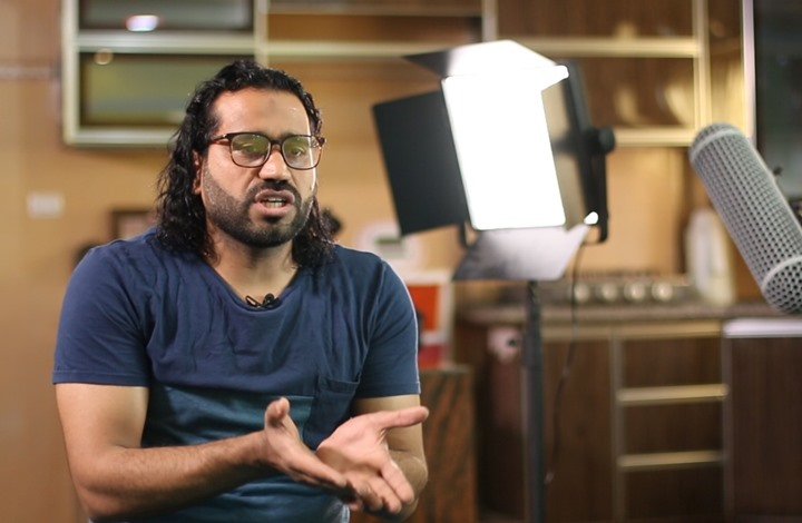 علي نسمان.. كوميدي يقاتل بالفن من أجل فلسطين (شاهد)