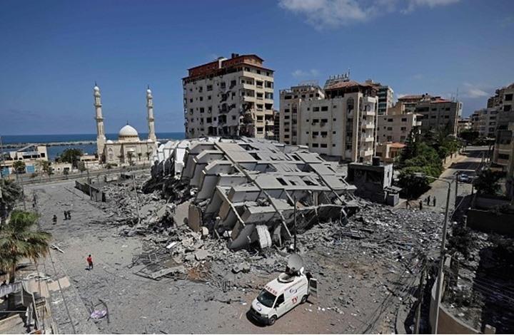غارات عنيفة للاحتلال على غزة.. وارتفاع حصيلة الشهداء (شاهد)