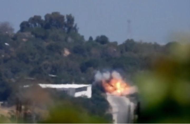 فيديو للحظة استهداف القسام جيب للاحتلال شمال غزة (فيديو)