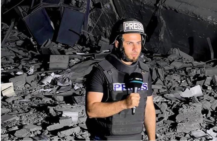 إصابة مراسل قناة تركية في غزة على الهواء مباشرة (شاهد)