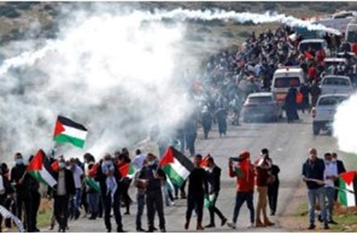 """قيادي بحماس لـ""""عربي٢١"""": السلطة في حالة حيرة وتردد"""