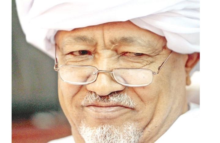 """وفاة الكاتب والإعلامي السوداني الطيب مصطفى متأثرا بـ """"كورونا"""""""