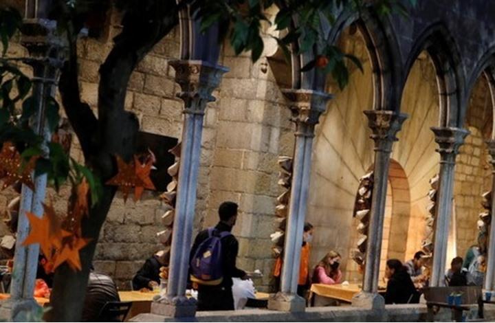 كنيسة ببرشلونة تفتح أبوابها للمسلمين للإفطار والصلاة برمضان