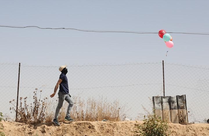 بالونات حارقة من غزة.. والقسام يتوعد الاحتلال (شاهد)