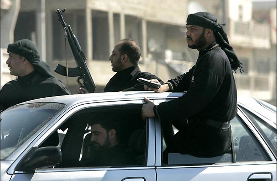 الحرس الثوري الإيراني يشكل مليشيات جديدة في العراق