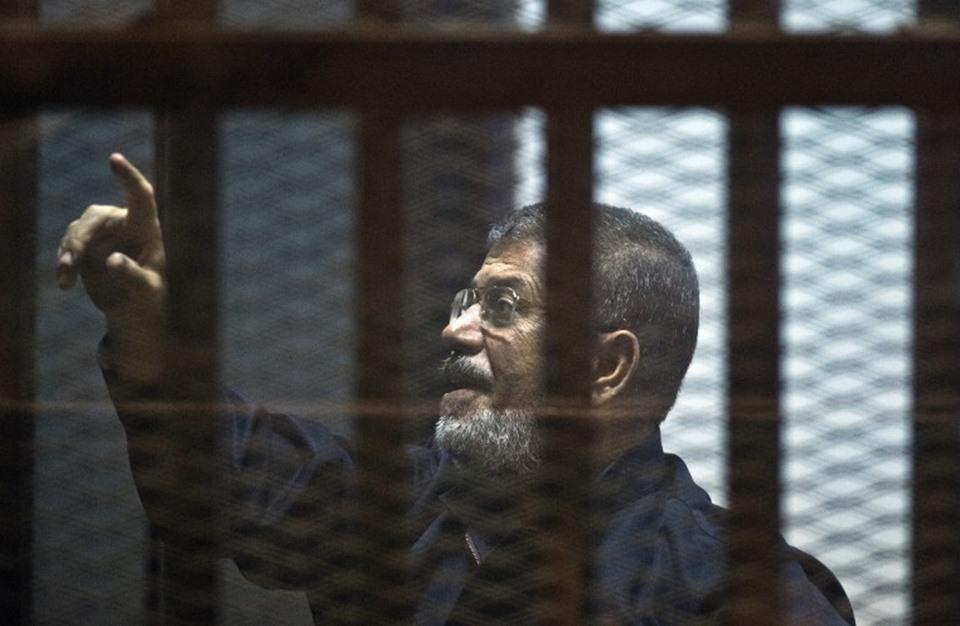 7 مبادرات للحل خلال 2015.. وما زالت أزمة مصر مستمرة