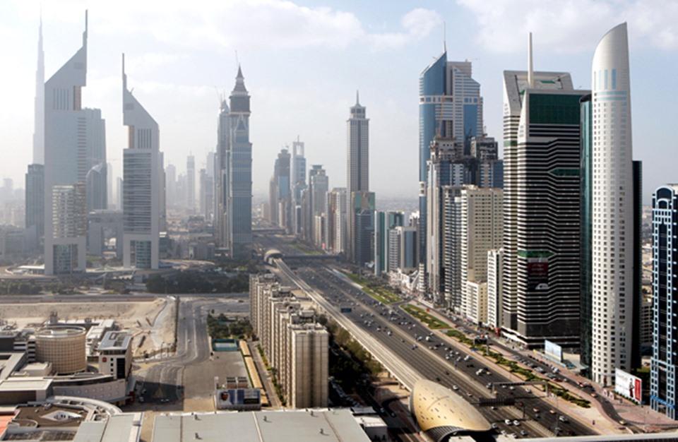 صحيفة: الإمارات تدفع 90 ألف دولار شهريا لتشويه قطر والإخوان