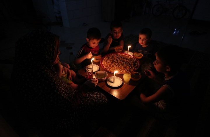 إعادة 50 ميغاوات من الكهرباء لغزة قطعتها إسرائيل قبل أشهر