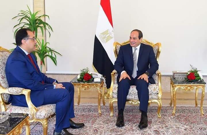 لماذا يتمسك النظام المصري باختيار رجل اقتصاد لرئاسة الوزراء؟
