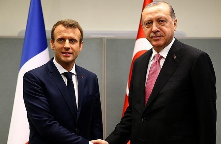 أردوغان وماكرون يبحثان القضايا الإقليمية والتطورات بسوريا