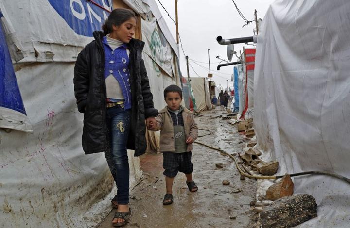 بوليتيكو: يجب على بايدن منع بوتين من تجويع السوريين
