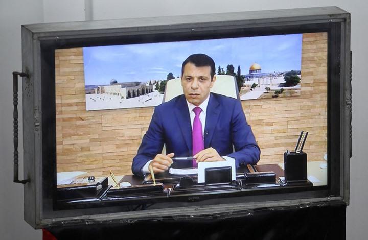 """تيار دحلان يؤيد الإمارات بعد اتفاق """"التطبيع"""".. وحماس تعلق"""