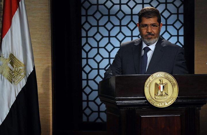 دفن مرسي فجرا بالقاهرة.. ونجله أحمد يشرح التفاصيل