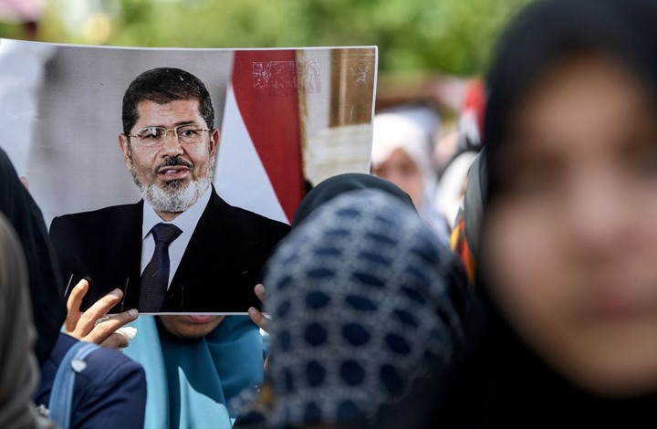 تقرير حقوقي يطالب بتحقيق دولي في وفاة مرسي