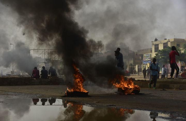 فورين أفيرز: هذه دروس الثورة المصرية للجزائر والسودان