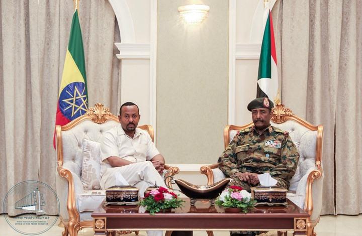 هل يحمل آبي أحمد في جعبته حلا للأزمة في السودان؟