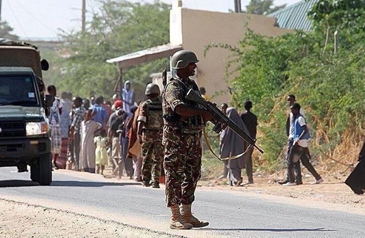 """15 قتيلا بهجومين لـ""""الشباب"""" على مركز عسكري جنوب الصومال"""