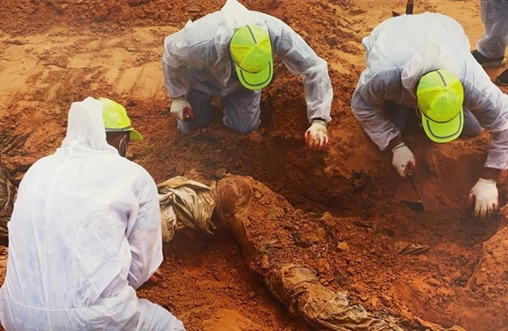 مقابر جماعية جديدة في ترهونة.. والعدد يصل إلى 20 (صور)