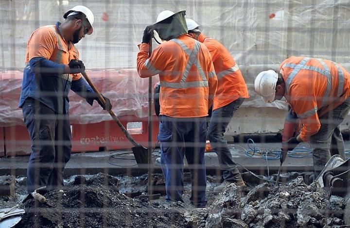 مؤسسة حقوقية: عمال نيباليون في أبو ظبي يستغيثون وأوضاعهم مزرية