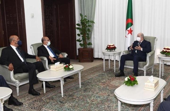 تبون: الجزائر مستعدة لاحتضان لقاءات المصالحة الليبية