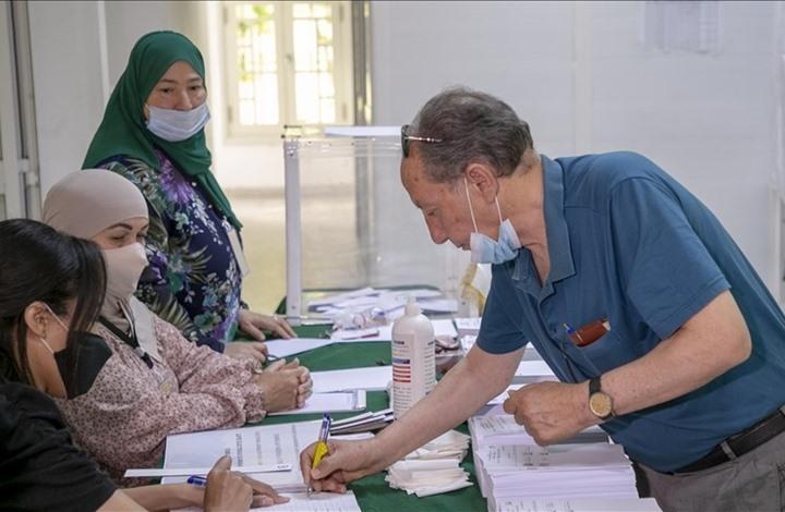 مشاركة ضعيفة في انتخابات الجزائر.. وتبون يعلّق