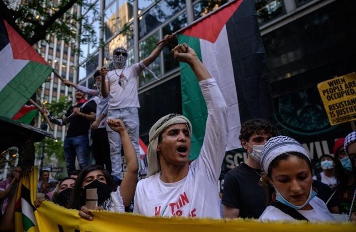 أصحاب المتاجر الفلسطينية بأمريكا تشجعوا للتعبير عن هويتهم