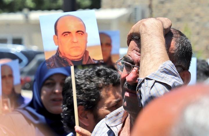 أمن السلطة يواصل قمع الاحتجاجات ضد مقتل نزار بنات (شاهد)