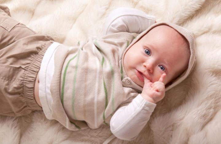 إنجاب طفل من ثلاثة أفراد يحصل على أول ترخيص في بريطانيا
