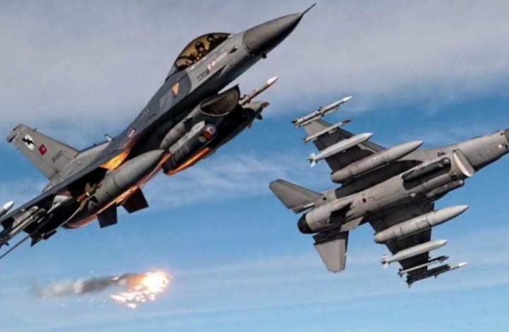 صحيفة: هل تواجه تركيا داعمي حفتر الإقليميين وروسيا في ليبيا؟