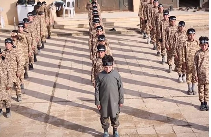 أوبزيرفر: أطفال مقاتلي تنظيم الدولة بلا وطن أو جنسية
