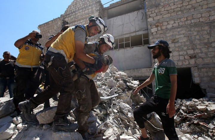 مقتل وجرح العشرات بقصف روسي على سوق شعبي بريف إدلب