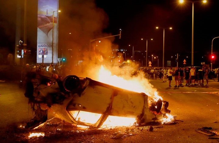 من لبنان إلى هونغ كونغ فطهران.. العالم ينتفض بوجه جديد