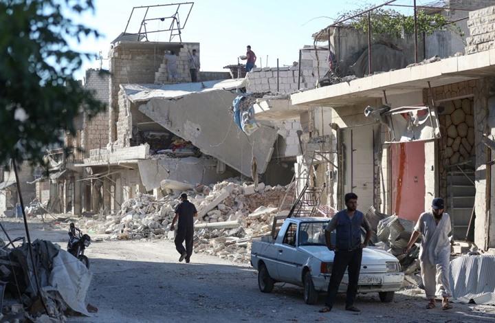 """تفاعل واسع مع صورة """"مؤثرة"""" من مجزرة النظام في إدلب (شاهد)"""