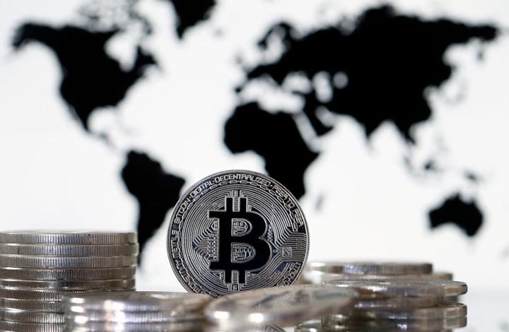 العملات الرقمية تشهد أكبر هبوط في 7 أسابيع