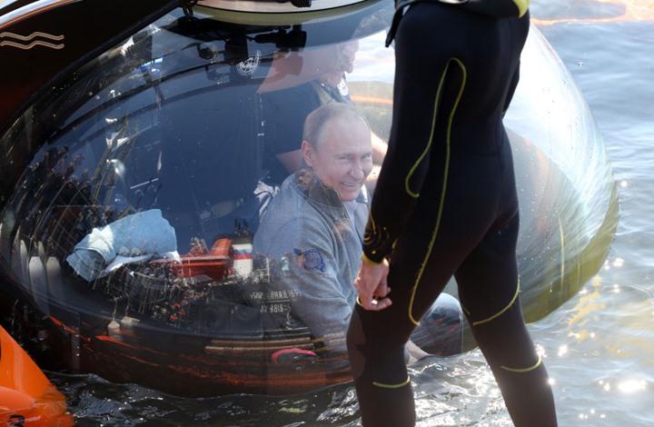 موقع: أمريكا طالبت تركيا منع غواصات روسية من عبور البوسفور
