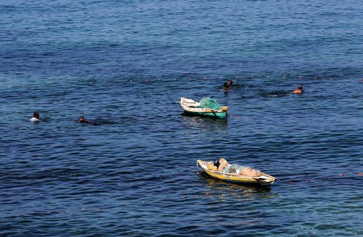 قوات الاحتلال تهاجم الصيادين في غزة بالرصاص والقذائف