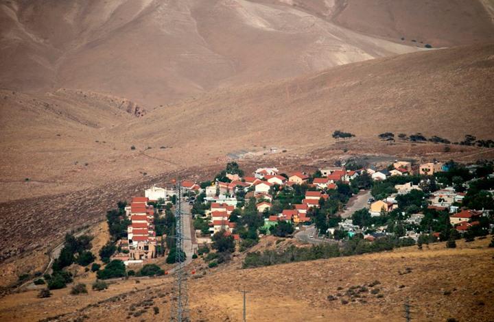 الاحتلال ينهب أراضٍي بالضفة والغور لصالح مزارع المستوطنين