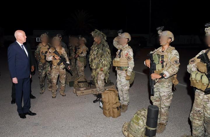 حصري: أمريكا طلبت من سعيّد مغادرة ضباط مصريين وإماراتيين