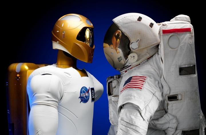 تنبؤات.. الذكاء الاصطناعي سيحل محل الإنسان خلال خمس سنوات