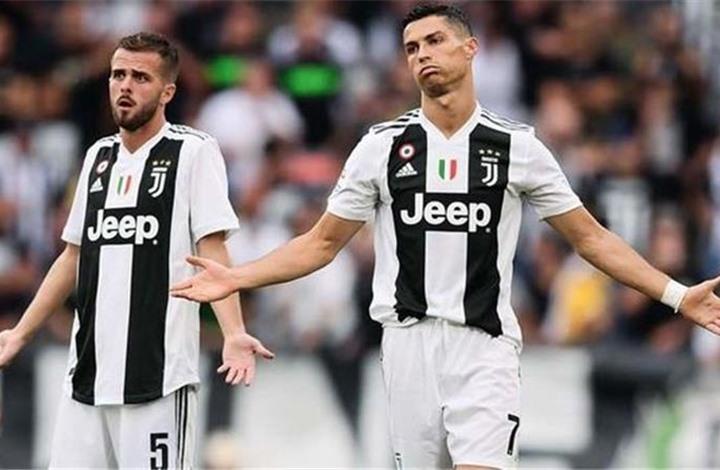 بعد انتقاله لبرشلونة.. رونالدو يصدم بيانيتش بتصريح مثير