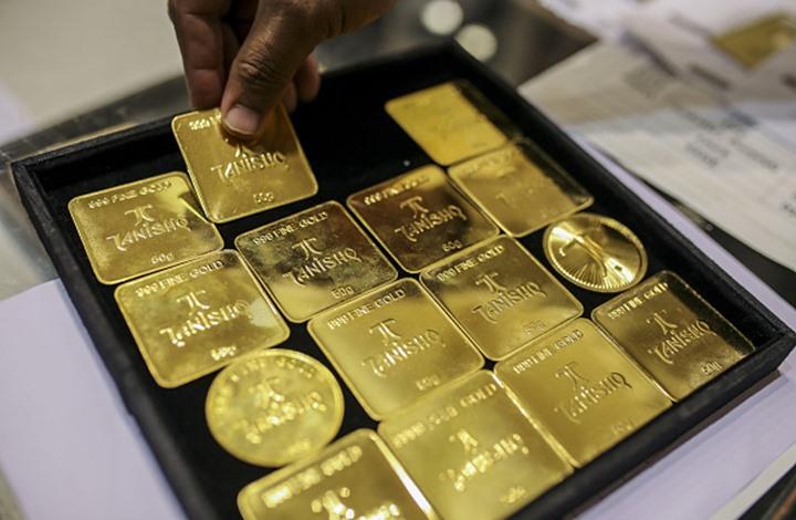 الذهب يرتفع مع انخفاض الدولار لأدنى مستوى في عامين