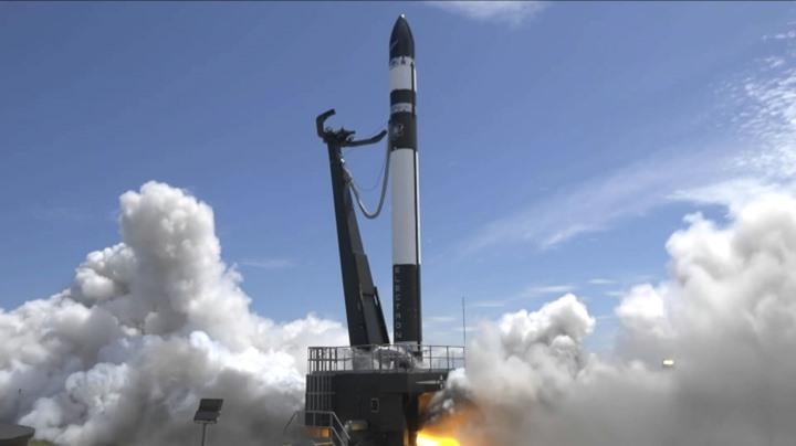 اختفاء صاروخ ناقل للأقمار الصناعية بعد إطلاقه